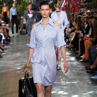 Thanh lịch và phóng khoáng cùng váy sơ mi như các fashionista