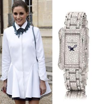 Mỹ nhân khéo chọn đồng hồ cho áo sơ mi trắng
