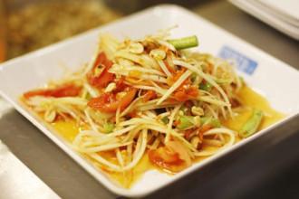 Thưởng thức ẩm thực Thái Lan trên đường phố Hà Thành