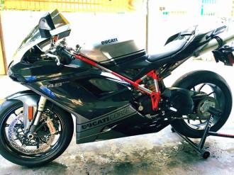Hàng hiếm Ducati 848 Evo cùng vẻ đẹp hoàn hảo