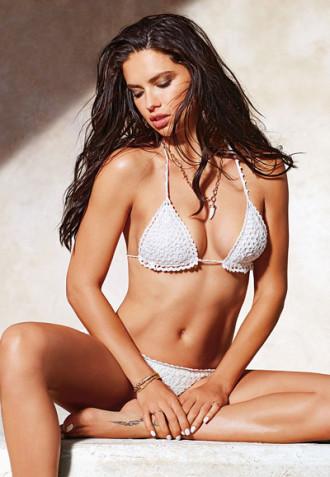 Thân hình nóng bóng của Adriana Lima ở tuổi 34