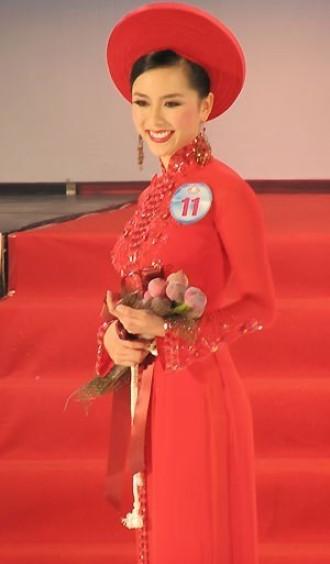 Vẻ đẹp của Thiên Lý sau 8 năm đăng quang tại HHHVVN