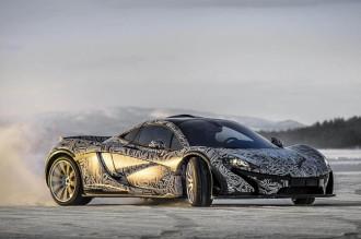 Lái siêu xe McLaren 3 ngày trong tuyết với giá 15.000 USD